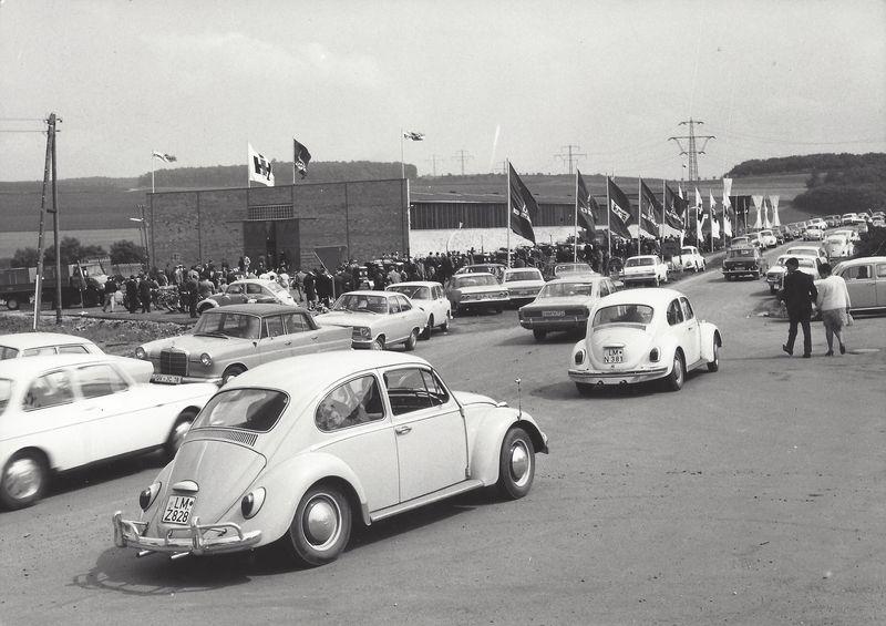 1969 Einweihung der neuen Lagerhalle